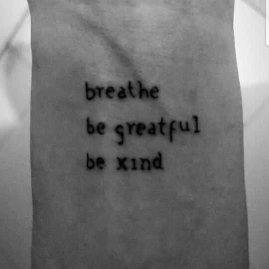 Tatuagem do pulso de Bruna Marquezine (Foto: Reprodução/Instagram)