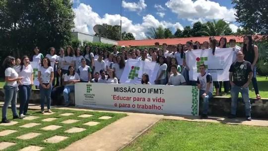 Estudantes protestam contra corte de R$ 31,8 milhões do IFMT após decreto do governo federal