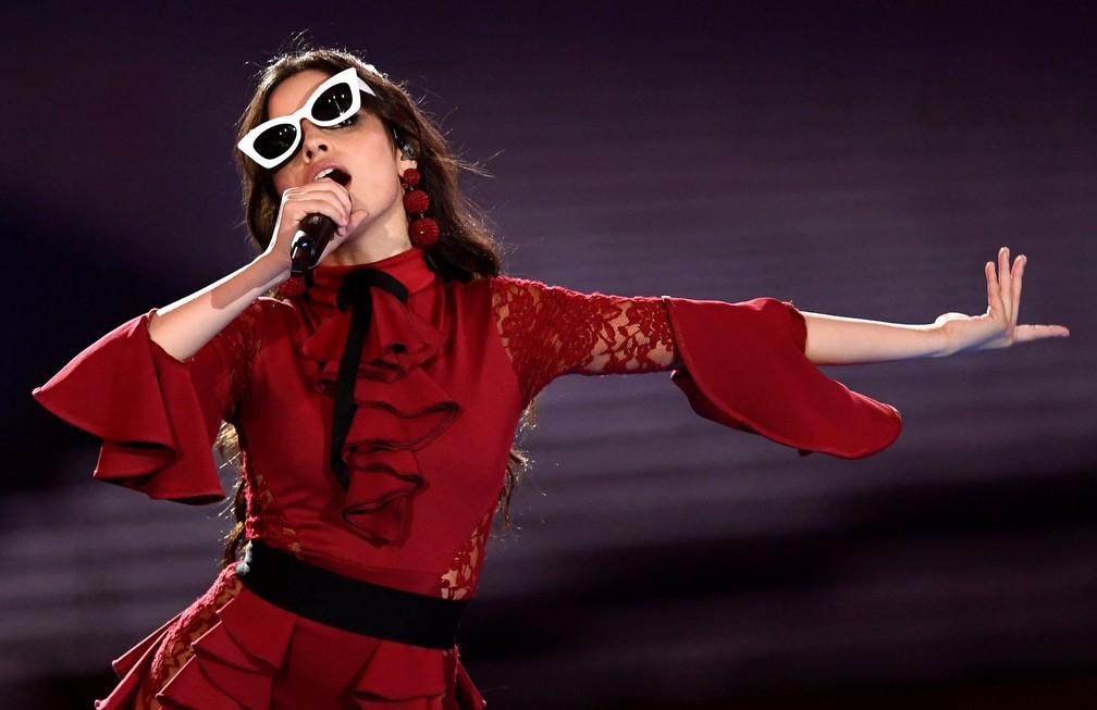 Camila Cabello canta no MTV EMA 2017 (Foto: Reuters/Dylan Martinez)