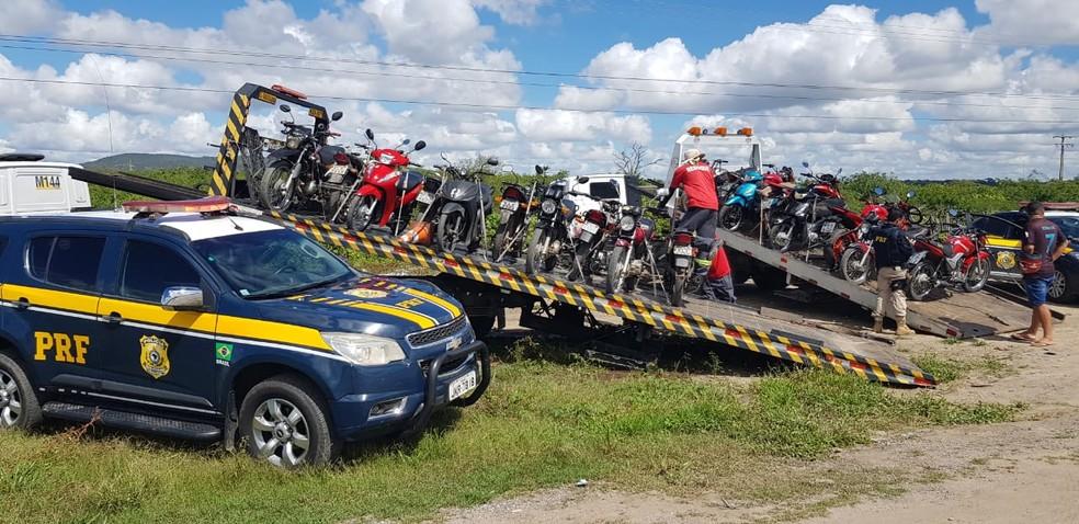 Polícia Rodoviária Federal também apreendeu veículos durante a Operação São João 2019 em Pernambuco — Foto: Polícia Rodoviária Federal/Divulgação