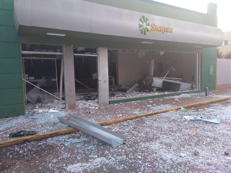 Explosão banco em Congonhinhas — Foto: Divulgação