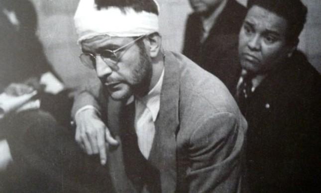 O espião Ramon Mercader, após o assassinato de Trotsky