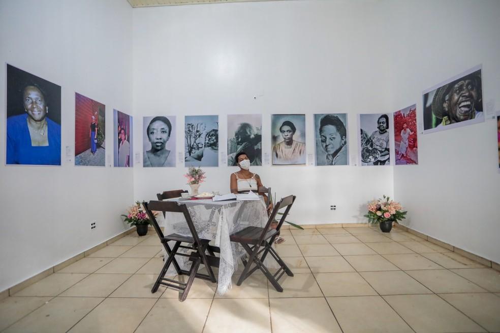"""Exposição """"Afro-Antilhanas do Madeira: Pioneiras na Arte de Educar"""".  — Foto: Leandro Moraes/Prefeitura de Porto Velho"""