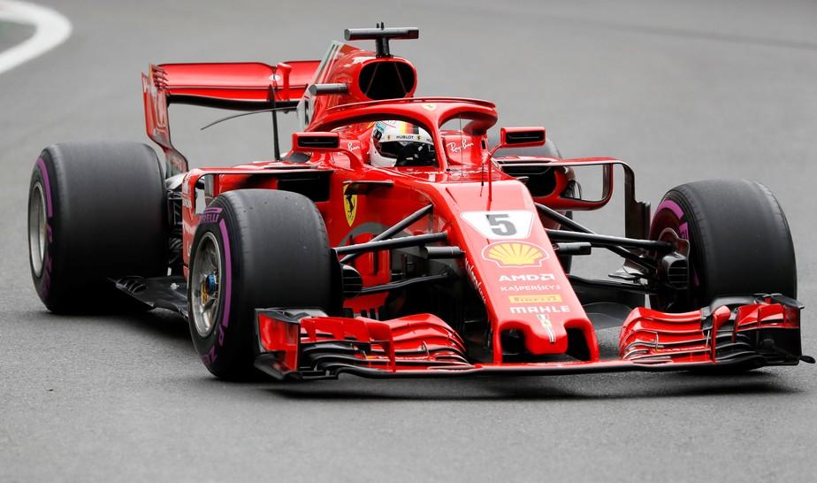 Sebastian Vettel reage e faz o melhor tempo no terceiro treino livre em Baku