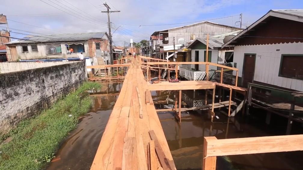 Rua Moises Bezerra, bairro Chagas Aguiar, principal rua afetada pela enchente em Coari. — Foto: Arquipo Góes/Rede Amazônica