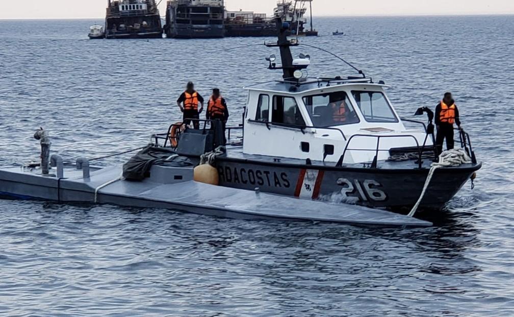 Marinha peruana interceptou submarino com droga — Foto: Reprodução/Facebook/ Marinha de Guerra do Peru