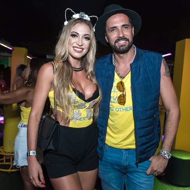 Latino e Jessica Rodrigues (Foto: Caio Duran e Marcelo Brammer / Divulgação)
