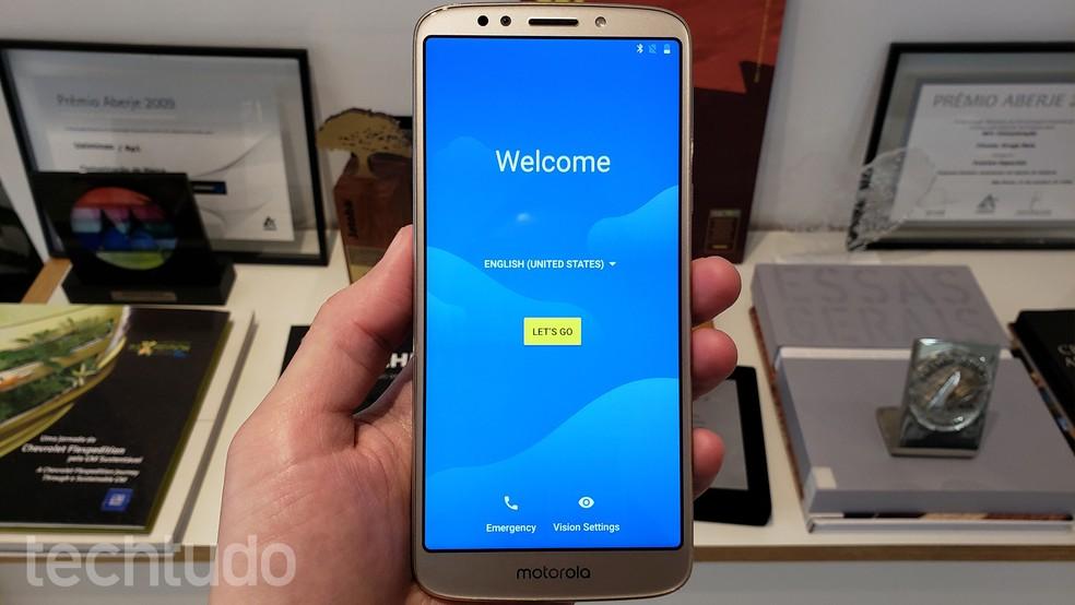 febcb58db ... Moto G6 Play é dos celulares com bateria poderosa à venda no Brasil —  Foto