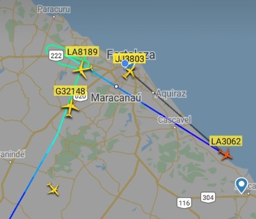 Oito voos precisaram ser alternados para Natal e Recife na madrugada desta segunda-feira (25). — Foto: Reprodução/SVM