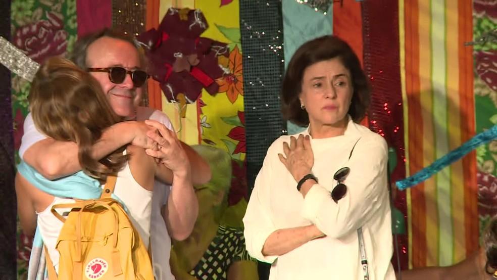 Marieta Severo durante o velório de Jorge Fernando — Foto: Reprodução / TV Globo