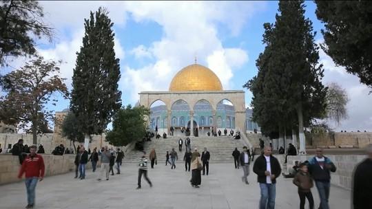 Presidente da Turquia diz que vai abrir embaixada e reconhecer Jerusalém Oriental como capital palestina