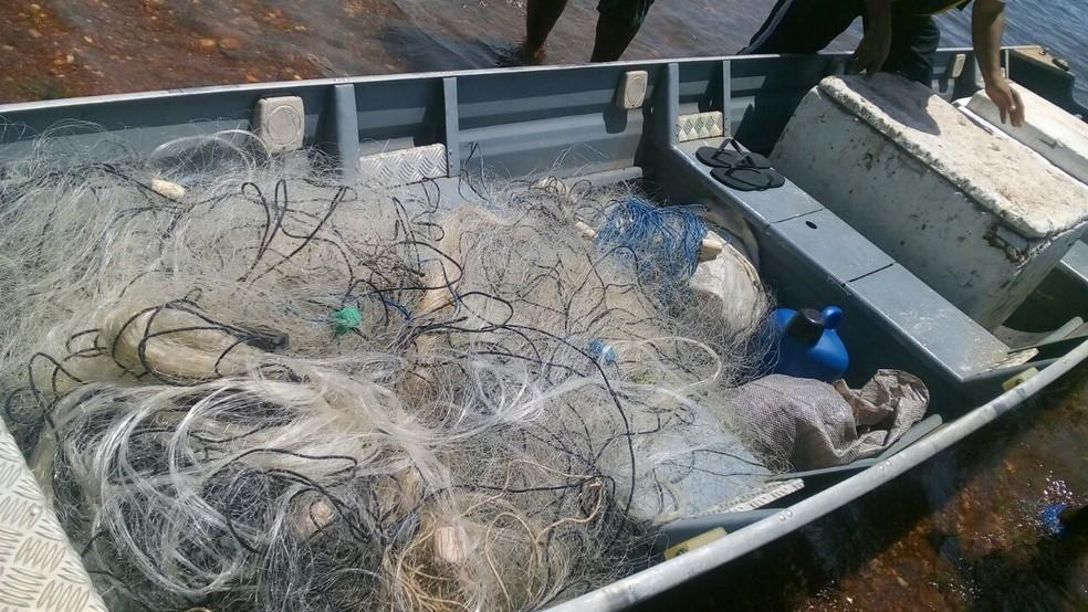 Redes de pesca só poderão ser vendidas para pescadores credenciados (Foto: BPMA/Divulgação)