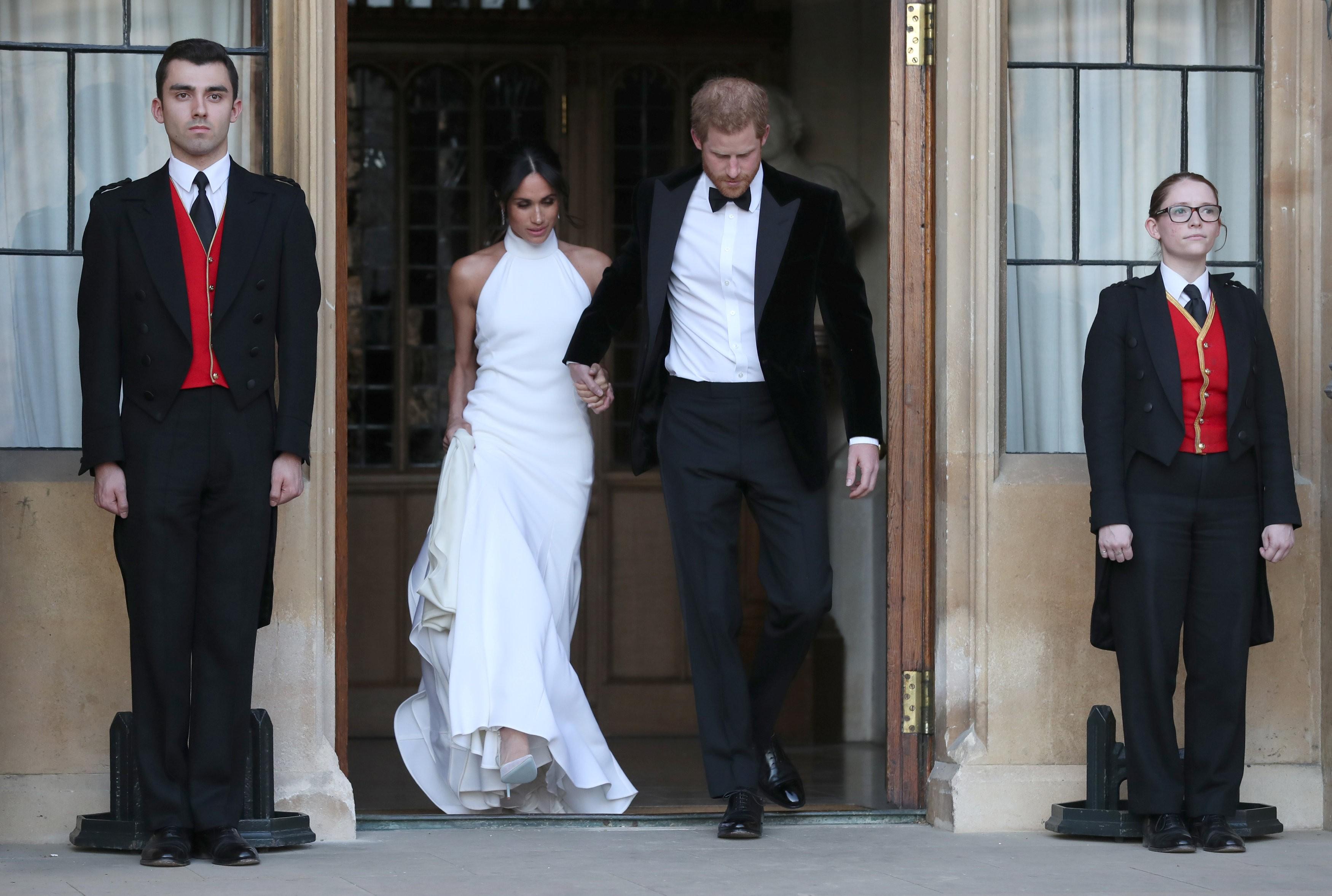 Meghan Markle escolhe vestido de Stella McCartney para recepção do casamento