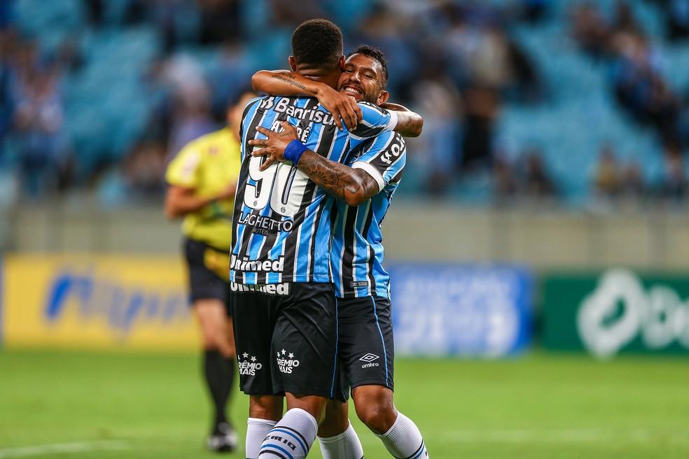 André e Montoya pelo Grêmio — Foto: Lucas Uebel / Grêmio, DVG
