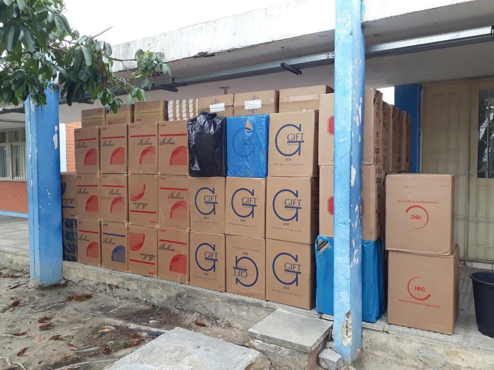 Material foi apreendido em Bezerros (Foto: Polícia Militar/Divulgação)