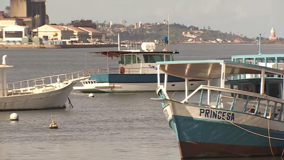 Pescadores de Pernambuco tiveram baixa nas vendas após óleo no litoral — Foto: Reprodução/TV Globo