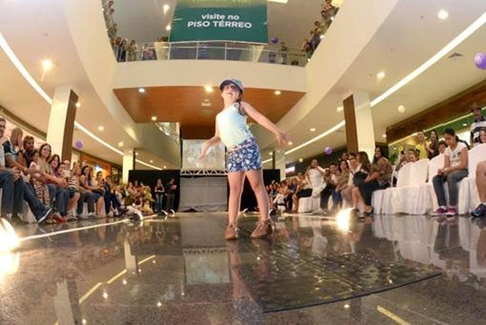 Nona edição do desfile ocorre no Shopping Piracicaba (Foto: Davi Negri/Arquivo pessoal)