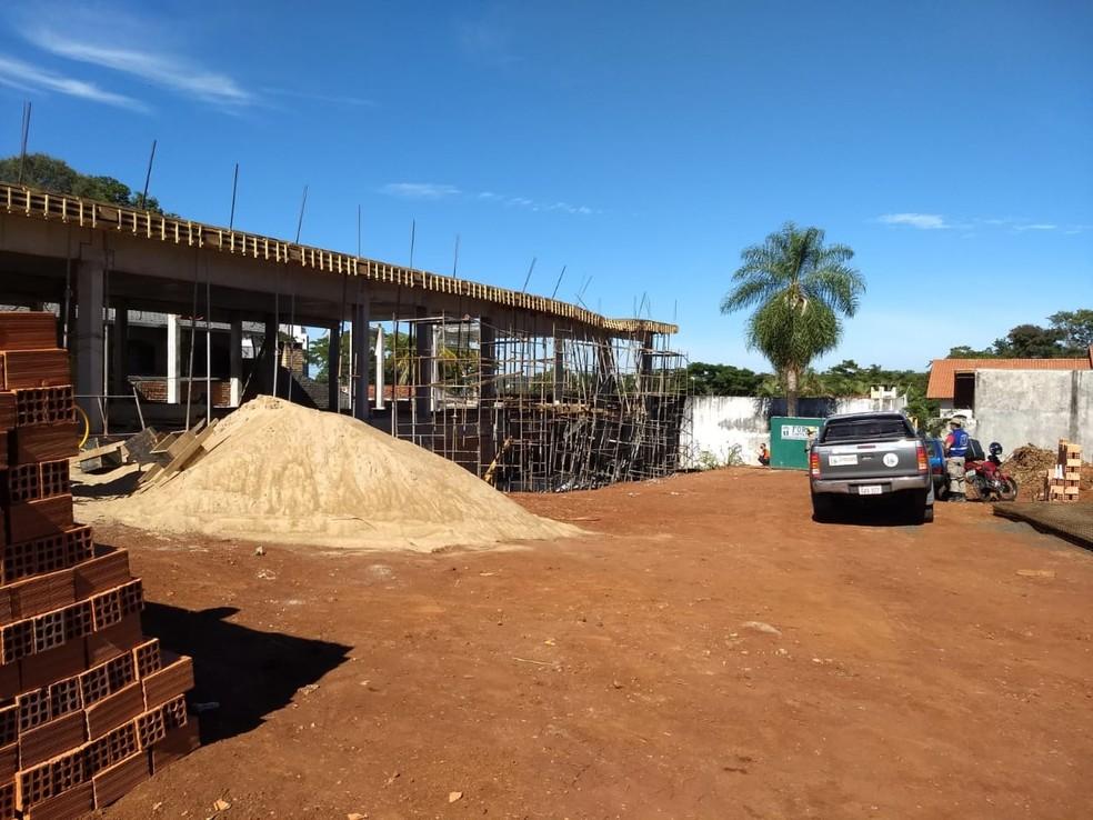 Construção fica na região central de Foz do Iguaçu — Foto: Wiliam Brisida/RPC