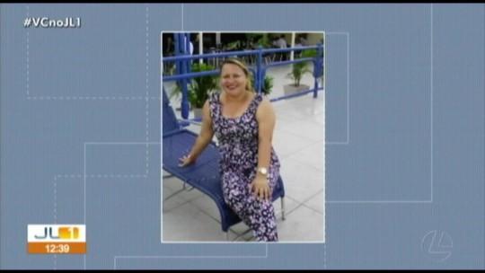 Corpo de mulher assassinada por ex-companheiro é enterrado em Marituba
