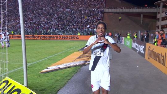 """Recém-chegados, Alex Santana e Lucas Mineiro viram """"armas secretas"""" de Botafogo e Vasco"""