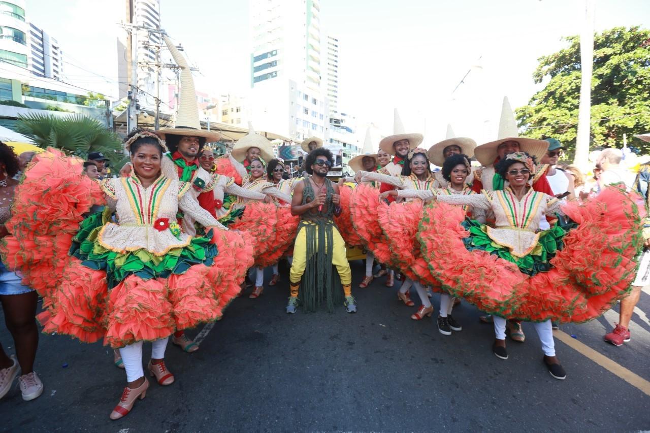FOTOS: veja imagens do pré-carnaval de Salvador 'Furdunço'
