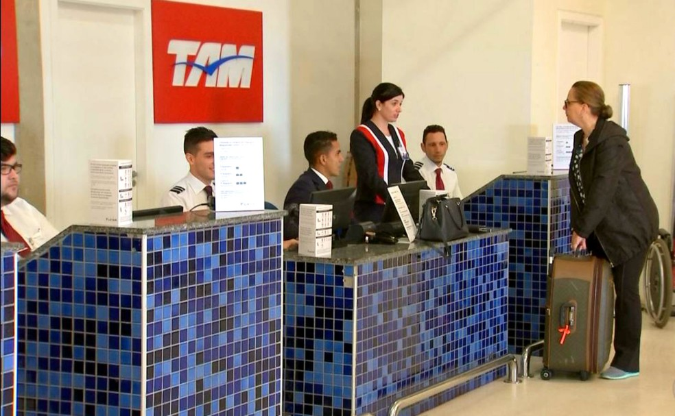 A empresa aérea Latam é uma das duas que atualmente operam no aeroporto Moussa Tobias (Foto: Reprodução / TV TEM)