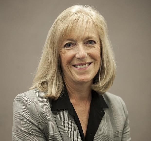 como Helen Rosethorn, CEO na Prophet e autora do livro 'The employer brand' (Foto: Divulgação)