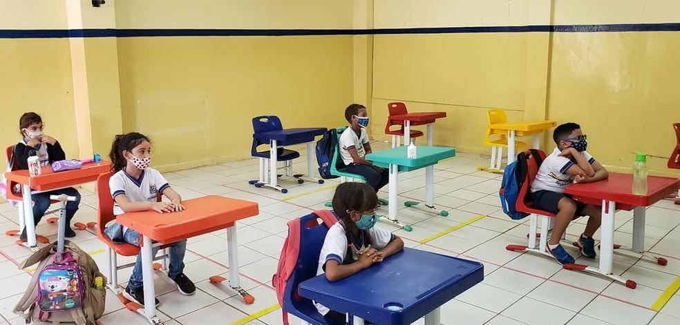 Na sala de aula deve ser mantido o distanciamento  — Foto: Ana Clara Marinho/TV Globo