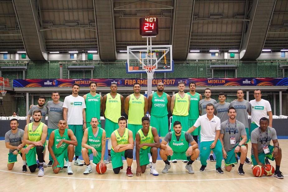 Vexame sacramentado: Seleção masculina de basquete está fora do Pan de 2019