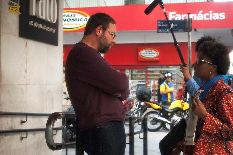 Camila de Moraes durante as gravações de O Caso do Homem Errado  (Foto: Irene Santos/Divulgação)