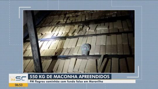 Mais de meia tonelada de maconha é apreendida em fundo falso de caminhão no Oeste de SC