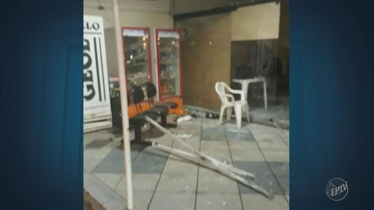 Criminosos explodem cofre em tentativa de furto a posto de Santa Bárbara d'Oeste