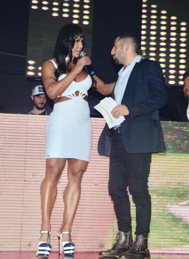 Kaysar e Gracyanne Barbosa (Foto: Eduardo Martins/AgNews)