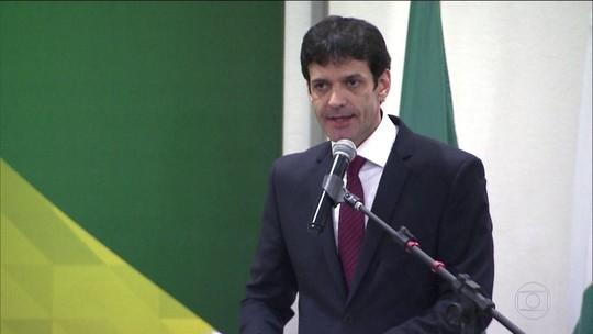 Ex-candidata do PSL diz que foi orientada a dar dinheiro para gráfica
