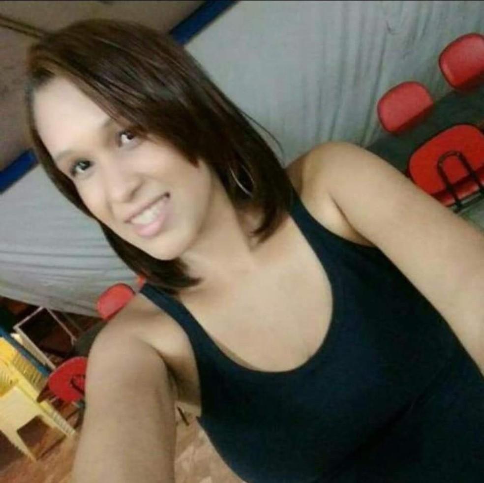 Larissa Francisco Maciel foi encontrada morta dentro de igreja no DF — Foto: Arquivo pessoal