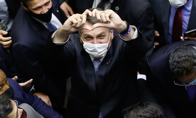 Jair Bolsonaro chega à cerimônia de abertura do Ano Legislativo de 2021