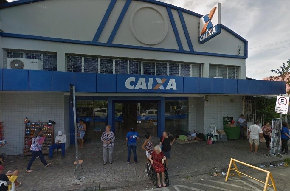 Atendimento é suspenso após furto de cabos em agência da Caixa no Bairro Parangaba, em Fortaleza