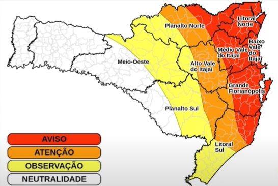 Chuva em Santa Catarina deixa mais de 40 desabrigados, segundo Defesa Civil