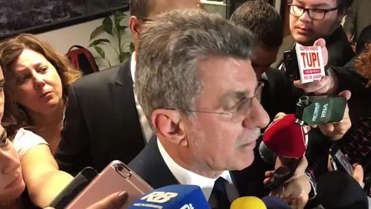Líder do governo no Senado diz que votação da reforma da Previdência ficará para fevereiro de 2018