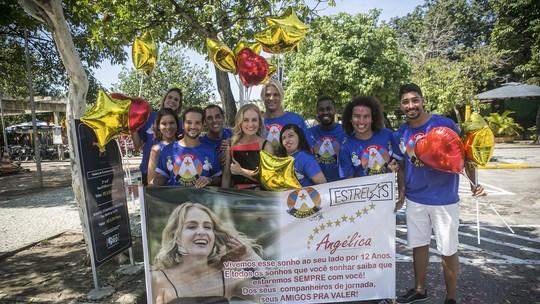 Angélica ganha surpresa dos fãs em gravação da última temporada do 'Estrelas'
