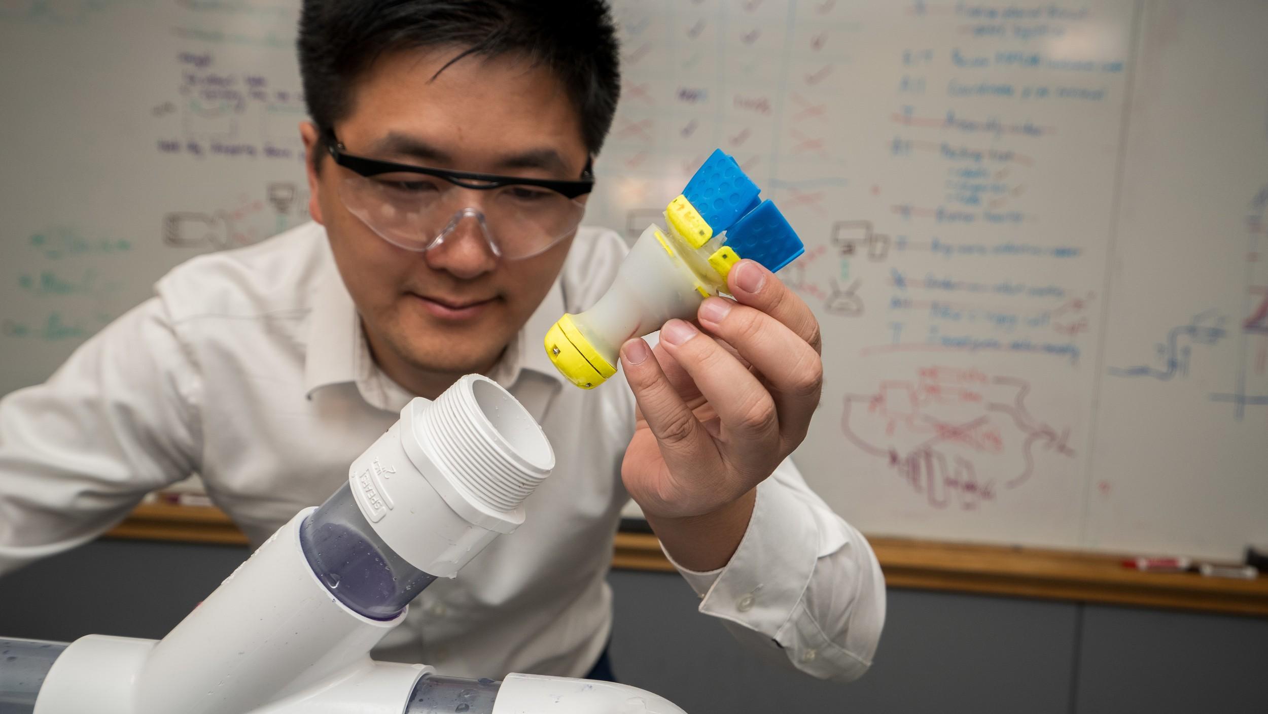 You Wu, engenheiro chinês considerado uma das pessoas com menos de 30 anos mais promissoras no campo da indústria. (Foto: via Business Insider)
