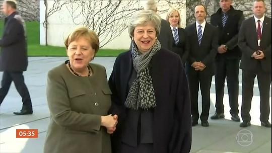 Theresa May tenta conquistar aliados europeus para defender extensão maior para o Brexit