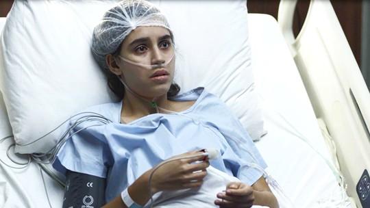 Gabriela chora e diz que não quer morrer