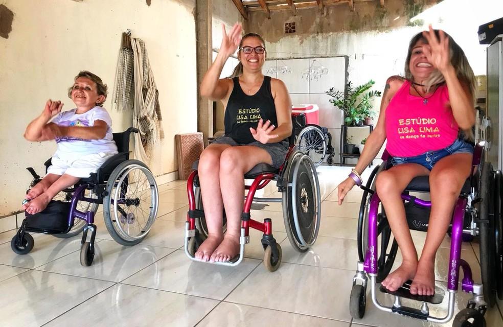 """Mirella, Suzana e Ana Lucia: """"A cadeira não limita, ela liberta quem não anda"""", diz a paratleta — Foto: Jaqueline Naujorks/G1MS"""