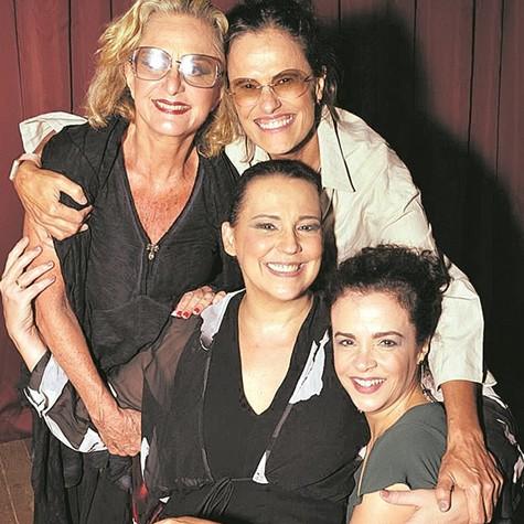 Regina Braga, Zélia Duncan, Ana Beatriz Nogueira e Luciana Braga  (Foto: Cristina Granato)