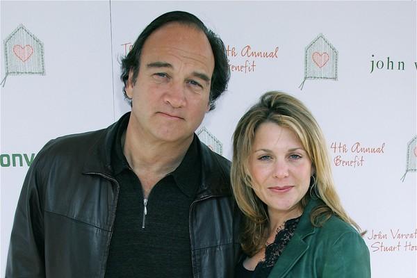John Belushi e a ex-esposa Jennifer Sloan (Foto: Getty Images)