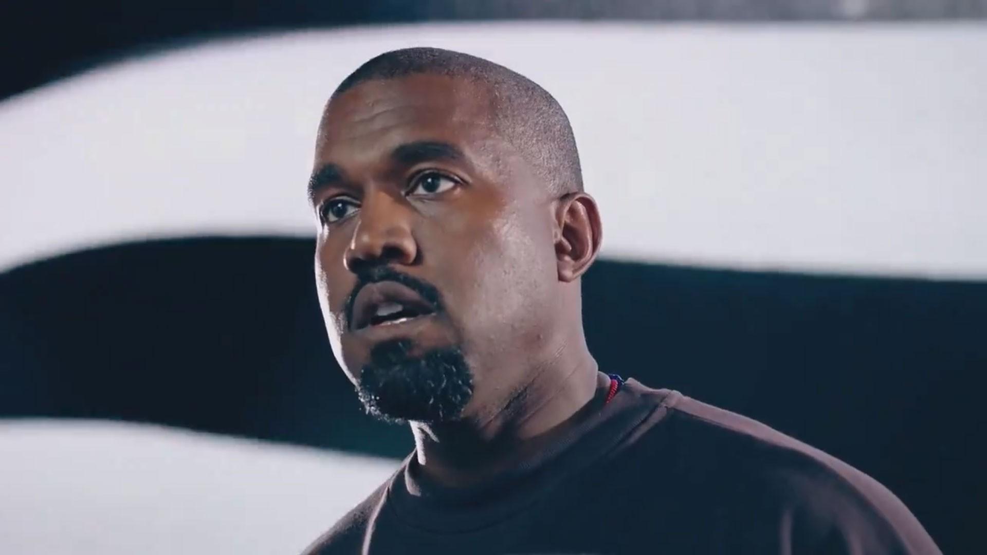 Kanye West muda nome oficialmente para Ye após juiz aprovar pedido