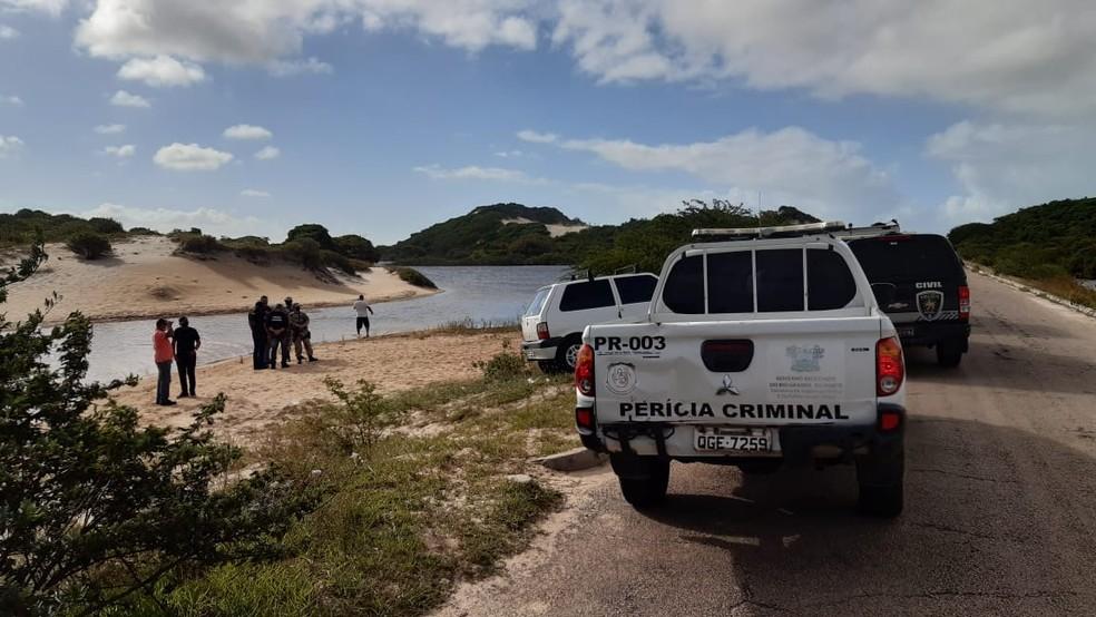 Local onde os corpos foram encontrados é de difícil acesso — Foto: Sérgio Henrique Santos/Inter TV Cabugi