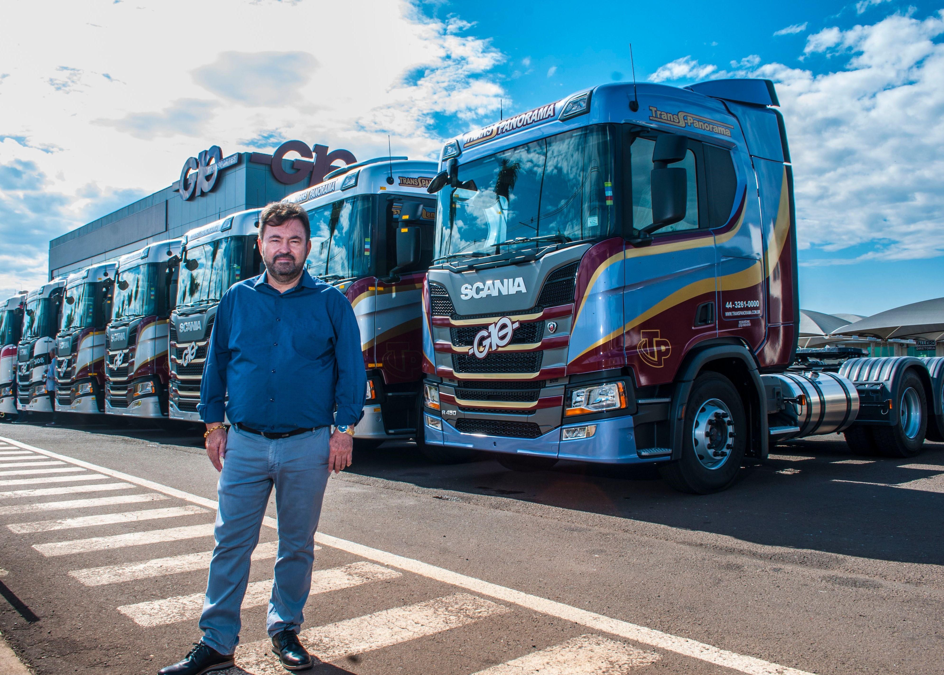 transportadora-caminhão-G10-presidente-claudio-adamuccio (Foto: Tiago Barella/Scania)