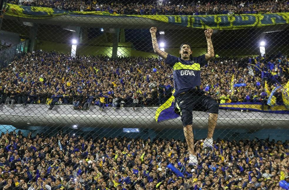 Federação Argentina tenta pressionar governos locais por volta de público aos estádios — Foto: Marcos Brindicci / Reuters